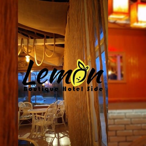 Lemon Boutique Otel Side tarihin ve deniz manzara