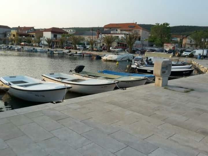 apartments by the sea in Posedarje Ap 4
