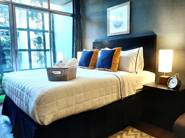 C1. Luxury Suite 101-Distrito 10,  Zona 10 GT.