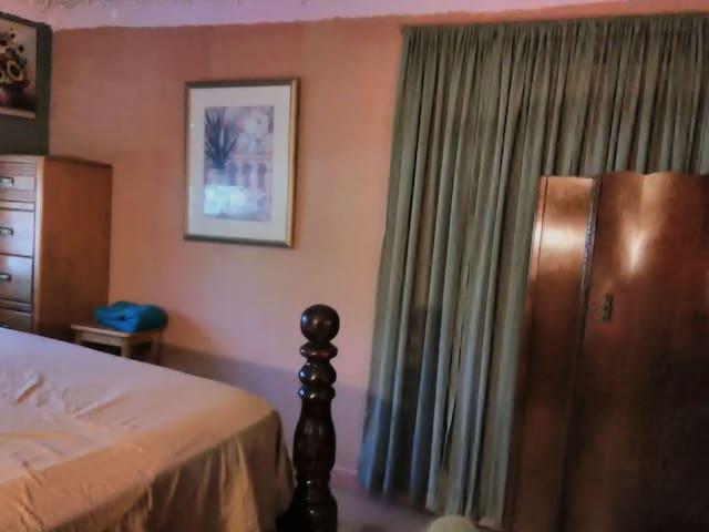 Comfy Calming Room. W. Palm Beach, Fl. 33411