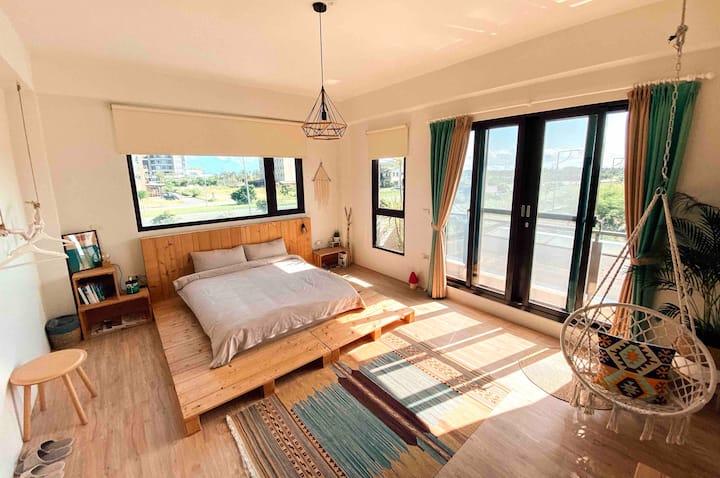 [ 看海旅人房2F ] 宜蘭民宿-WoodWhiteHouse 白木宿客 • 旅人-