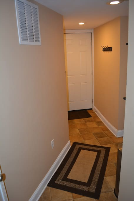 Entry to basement