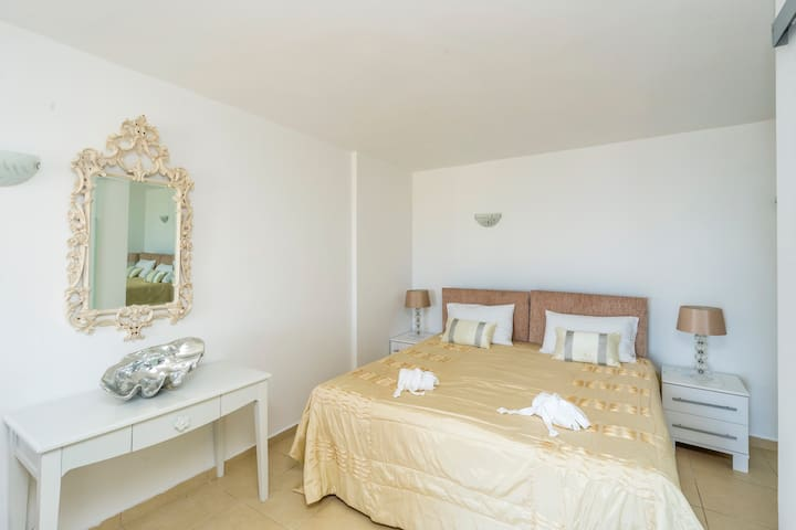 Spileo House Luxury Studio Apartment Messonghi