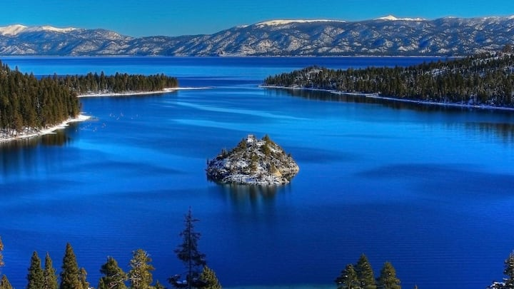 Gorgeous Tahoe Getaway! Pool, Jacuzzi, Gym!