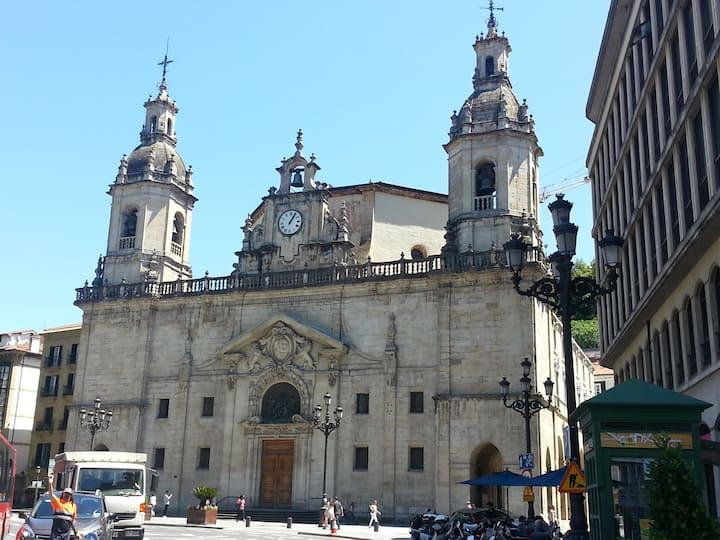 Iglesia de San Nicolás. Paseo del Arenal