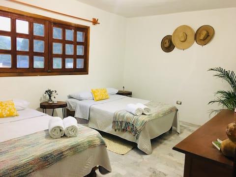 Habitación 2 en hermosa casa de campo en Tamasopo