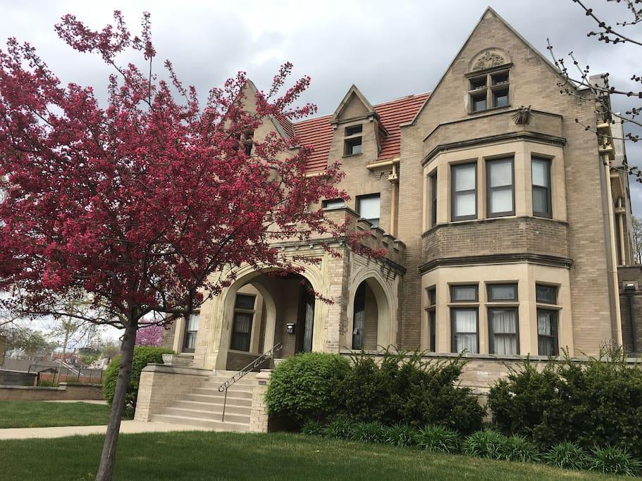 Historic Home Near Downtown Omaha Houses For Rent In Omaha Nebraska United States