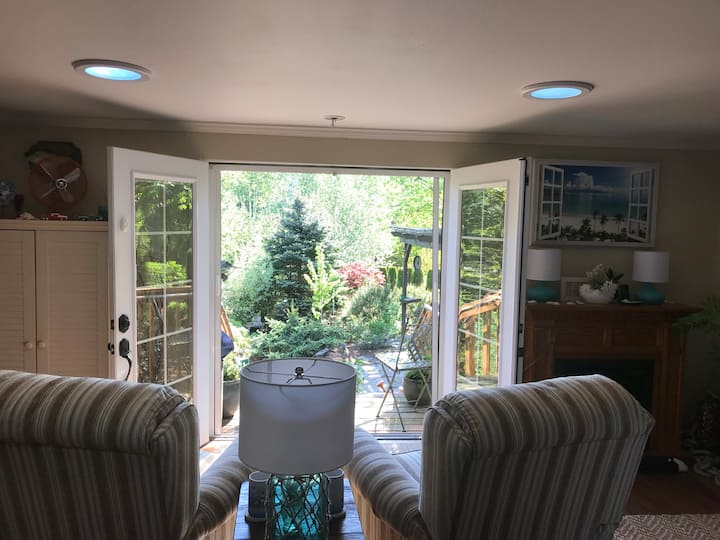 Stillmeadows Gardens and Retreat