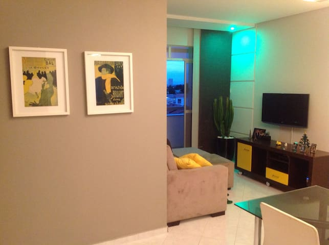 Cozy and clear apartament near downtown.