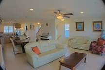 Atlantic City Luxury Waterfront 4 Bedroom Home!
