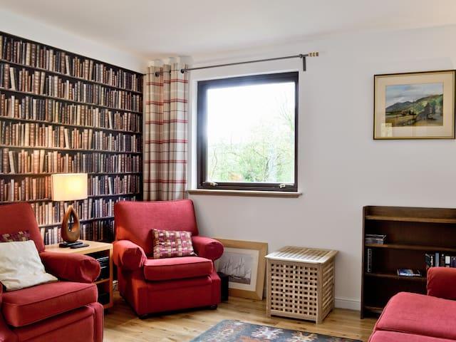 Royal Cottage (29388)