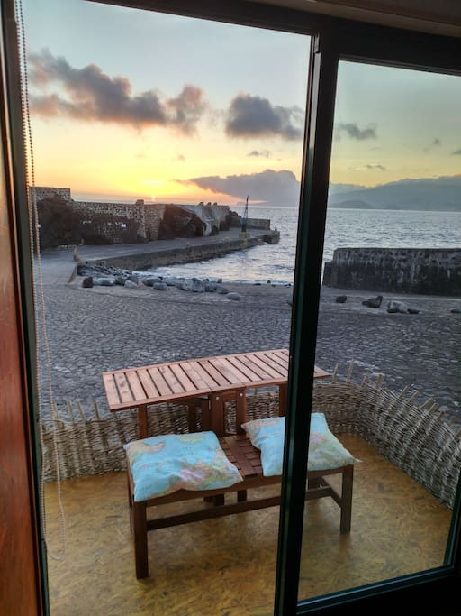 The sound of the waves,the birds,the sun, the ocean, the pace you can enjoy your vacations
