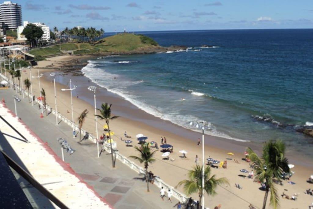 Vista praia da Barra com vista do Cristo