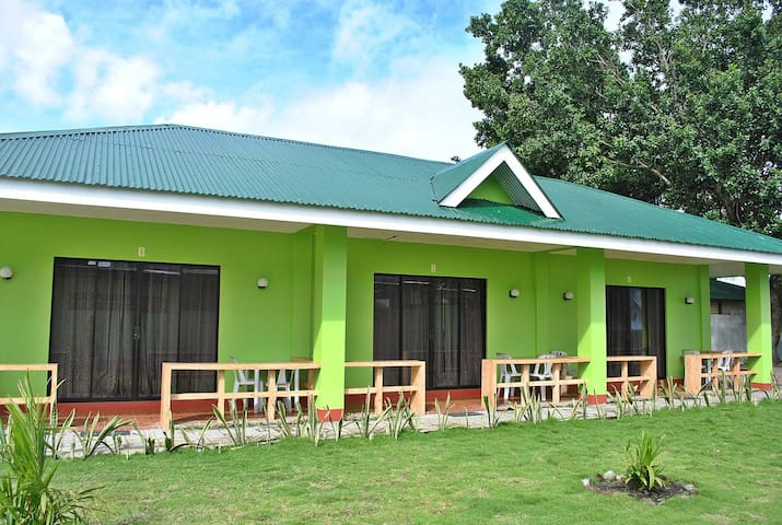 Sabuga Seaside Cottages | Camiguin Island - Mambajao - Naturstuga