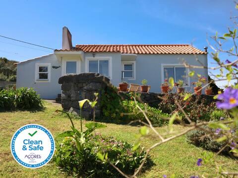 Casa da Paz - Quiet Refuge with Large Garden