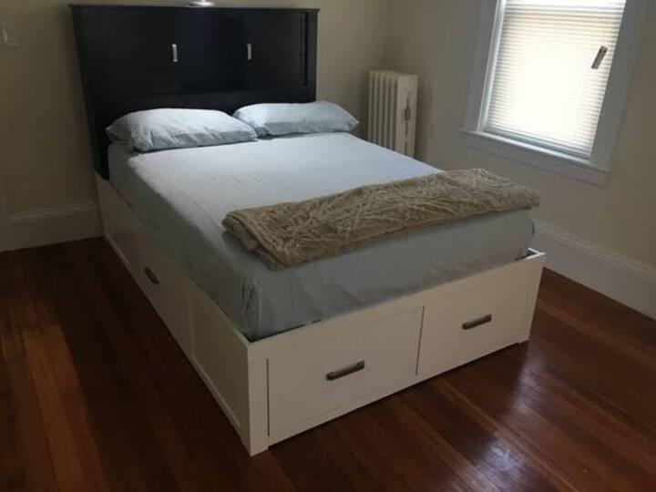 Nice comfortable bedroom