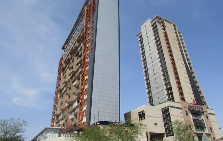 CBD iTowers luxury studio apartment, 21st Floor