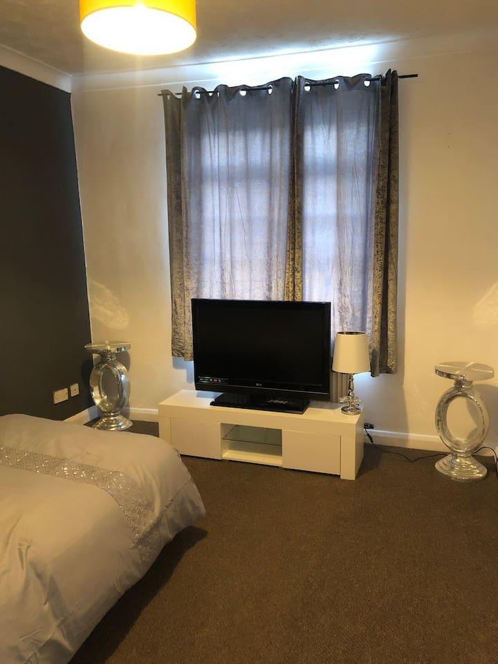 Bright double room right in the centre of Brighton