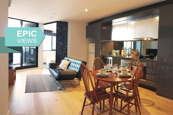 2BR Cassidys in Melbourne CBD (FREE Parking)