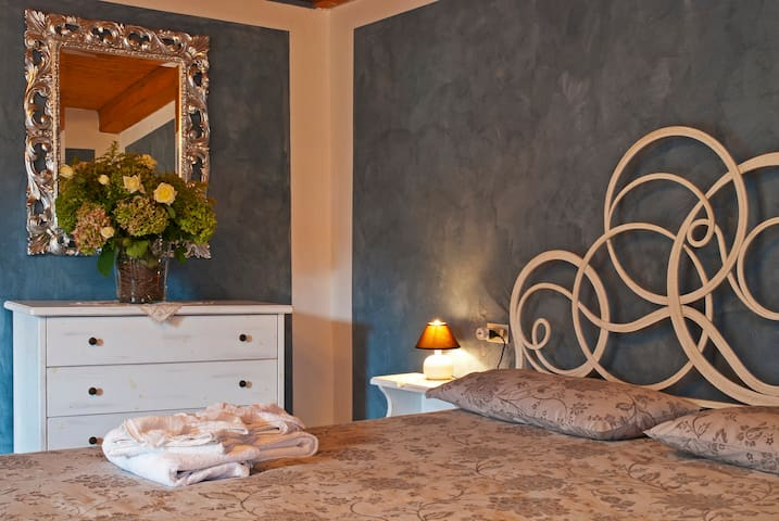 CAMERA LEGNO - RONCOLA - Bed & Breakfast