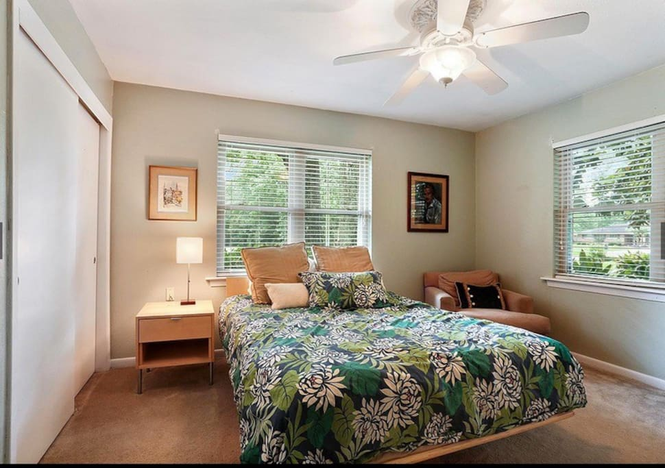 Your very own furnished room with shade from two Oak trees.