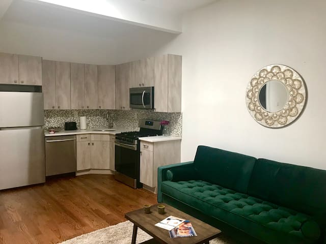 Gorgeous Luxury Brooklyn 1 Bedroom Apt