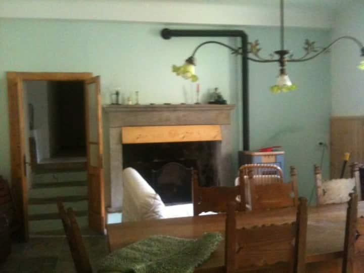 Casa in valle del 1600