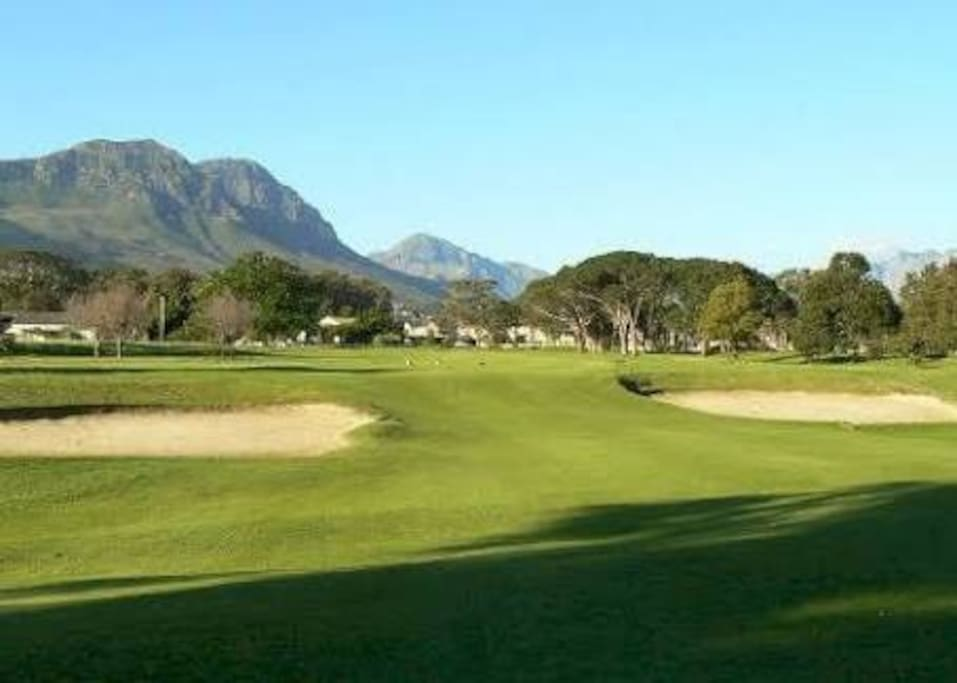 Very easy golf course with luscious greens and wide driving fairways