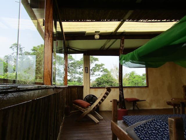 CASA CORTEZA (Cotinga) inspiring, hidden retreat