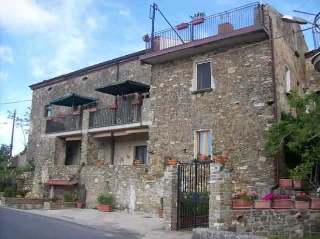 La Vecchia Casa.it  doppia con letto a castello - San Mauro Cilento - Гестхаус
