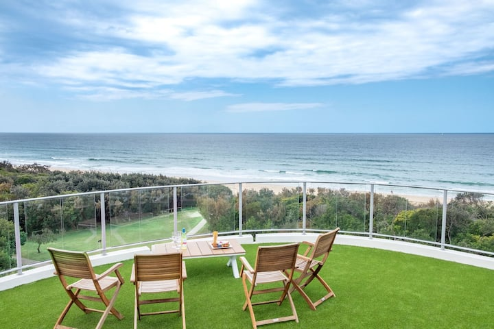 🐋 Surfair Oceanfront Resort Penthouse With Expansive Rooftop Tce 🐋