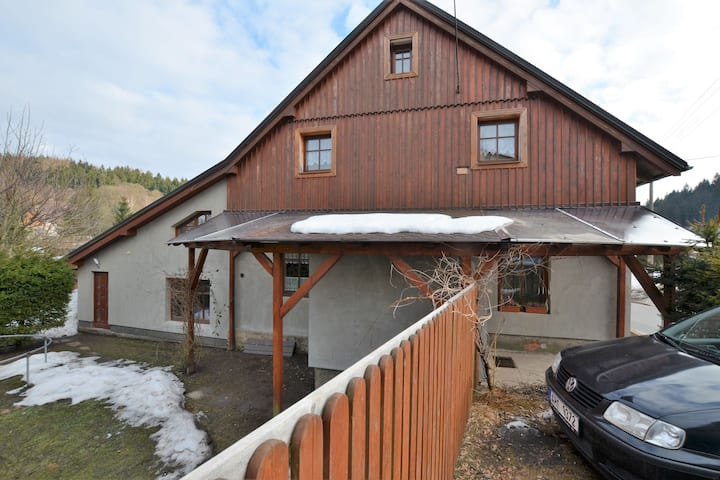 Lavish Cottage near Ski area in Cerny Dul