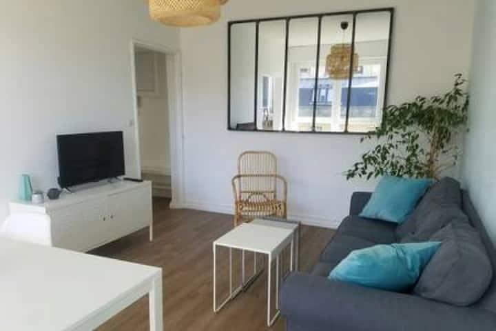 Cozy Appartement Gare Pompidou