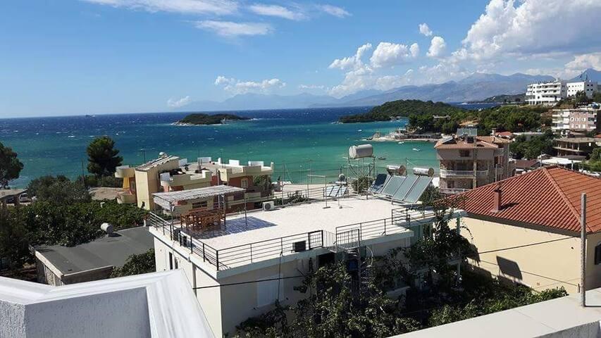 Amazing view,private studio in villa,for 3 persons