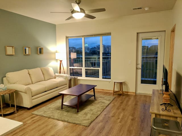 Great View - New Apartment - Madison - Byt