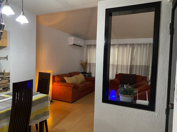 Cozy apartment near UANL and mall centers