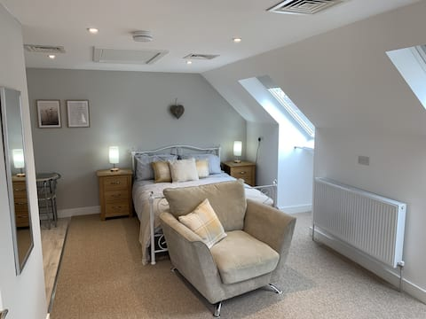 Stonehaven Loft - self contained accommodation