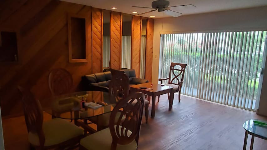 Comfort and close to beach in cape Canaveral