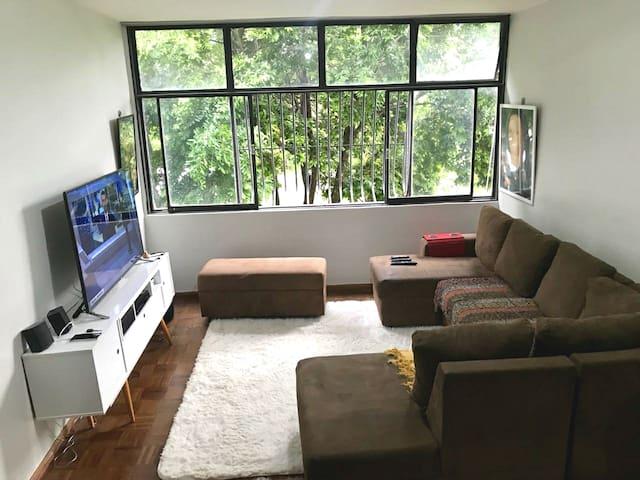 Casa de família!Mobília completa Perfectly located