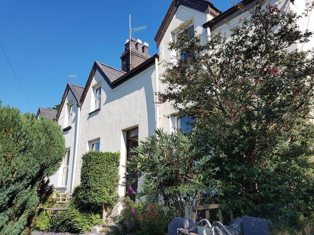 Victorian Cottage in Snowdonia Fachwen, Llanberis