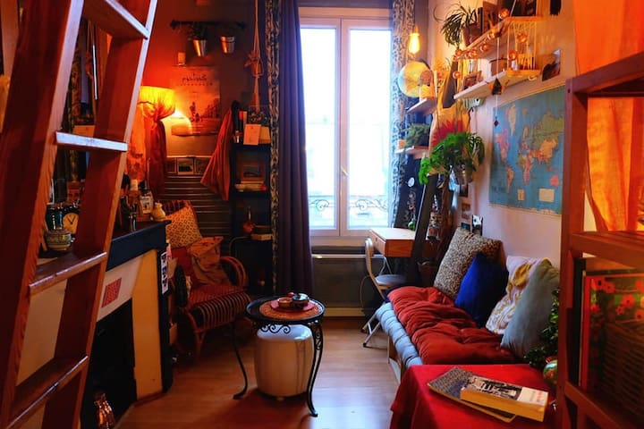 Cosy studio near Canal St Martin and République