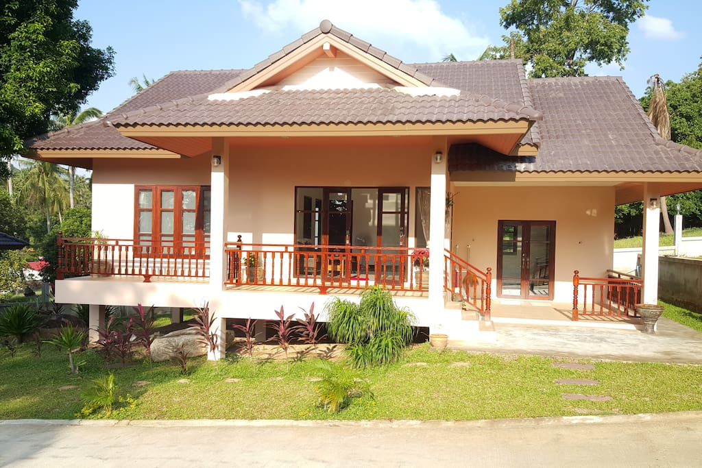 2 Bedroom House in quiet, clean and green location