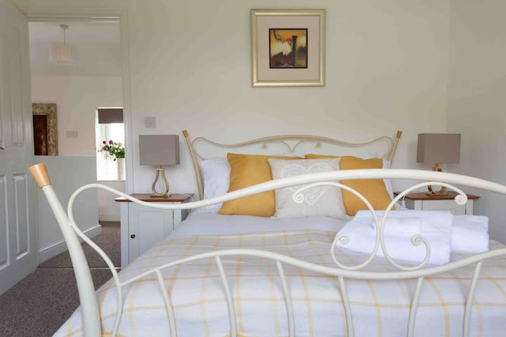 ★Apartment & parking ★3miles from Le Manoir★Oxford