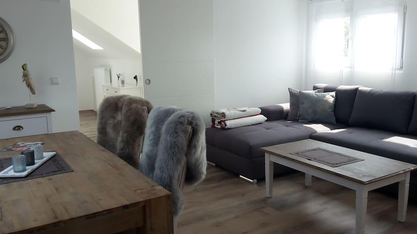 Penthouse ca. 60qm mit Chillecke im Hof