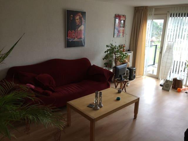 Mooi ruim licht appartement - IJmuiden - Appartamento