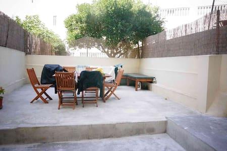 Confortable and cosy terrace flat - Лиссабон - Квартира