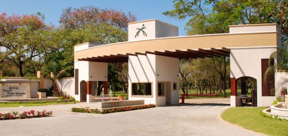 Hotel Villas Playa Samara - Sámara - Villa