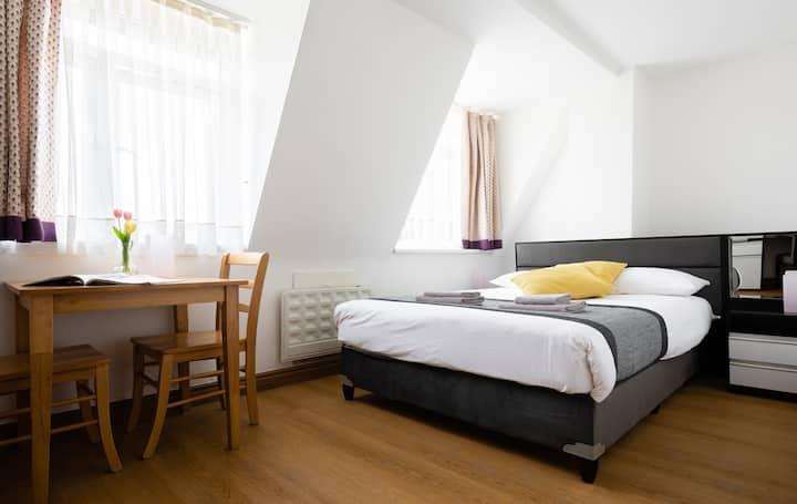 Studio Economy Apartment - 2 Adults