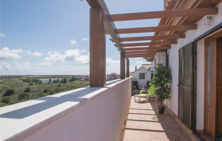 Nice home in Las Colinas with 3 Bedrooms