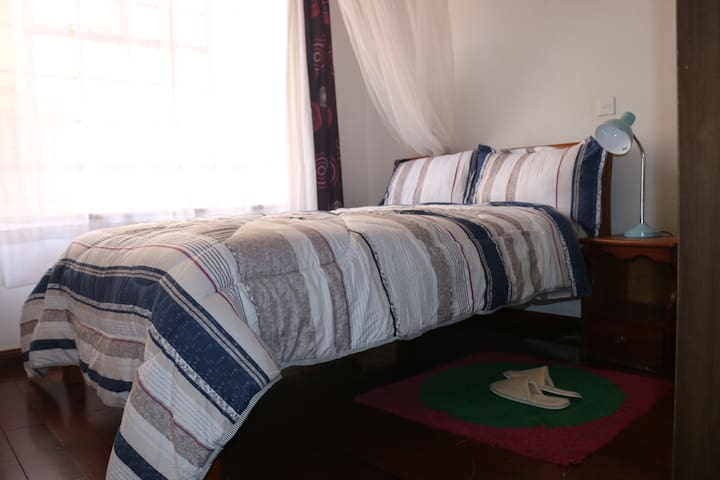 Angie's Haven , Private room - Nairobi - Appartement